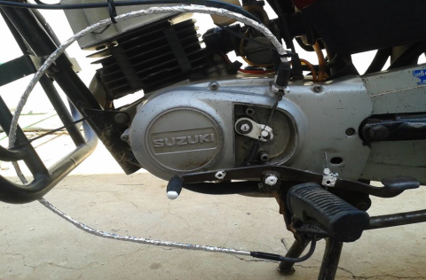 DESIGN AND FABRICATION OF AUTOMATIC CLUTCH FOR TWO WHEELER